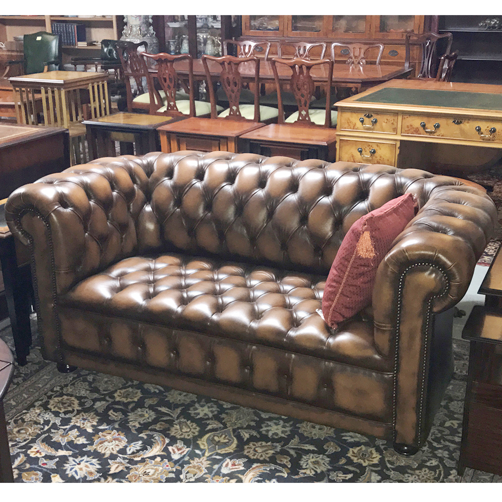 inadam furniture 2 seater chesterfield sofa from our showroom clearance. Black Bedroom Furniture Sets. Home Design Ideas