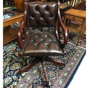 Regency Swivel Chair Brown