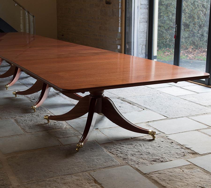 Bespoke_Solid Mahogany Dining Table