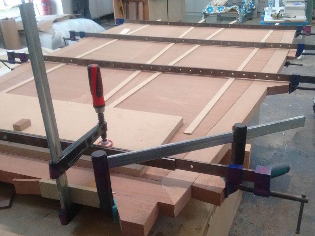 construction of table top